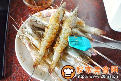 做正宗香烤酱汁虾串的图片步骤6