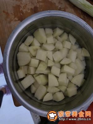 做正宗咖喱土豆炖鸡胸肉的图片步骤2