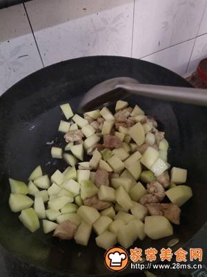 做正宗咖喱土豆炖鸡胸肉的图片步骤9