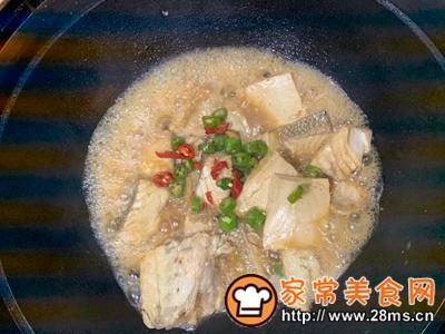 做正宗鲈鱼炖豆腐的图片步骤10