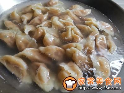 做正宗大蒜猪肉水饺的图片步骤10