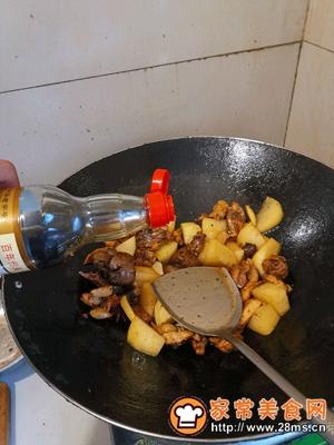 做正宗鸡肉炖土豆的图片步骤5