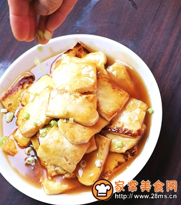 做正宗家常菜之煎豆腐的图片步骤7