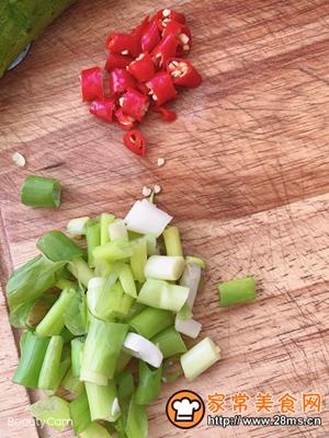 做正宗洋白菜肉沫炒粉丝的图片步骤3