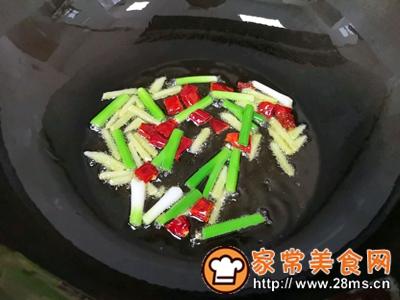 做正宗油焖蚕豆虾的图片步骤7