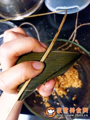 做正宗莲子花生肉粽的图片步骤18