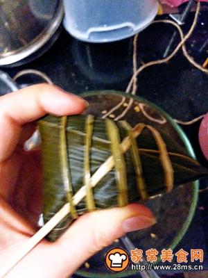 做正宗莲子花生肉粽的图片步骤19