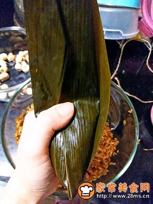 做正宗莲子花生肉粽的图片步骤23