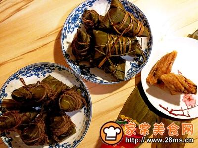 做正宗莲子花生肉粽的图片步骤30