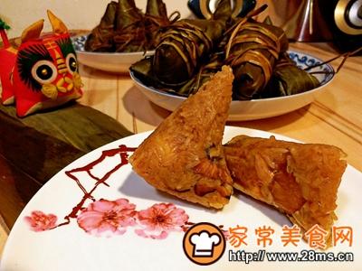 做正宗莲子花生肉粽的图片步骤31
