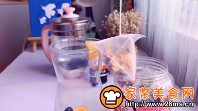 做正宗乌龙蜜桃仙女饮的图片步骤5