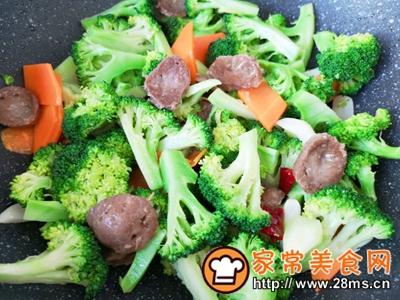 做正宗西蓝花炒牛肉丸子的图片步骤11