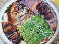 红汤鱼头豆腐