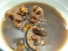 红豆黑豆薏米玉米莲藕汤