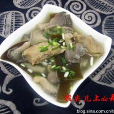 海带蘑菇排骨汤