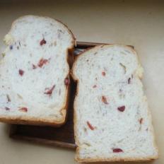 奶香奶酪蔓越莓吐司