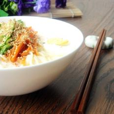 韩国冰豆浆面条