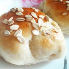 豆浆麦片面包