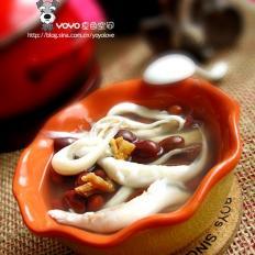 银鱼北芪红豆汤