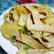 鱼付炒土豆片