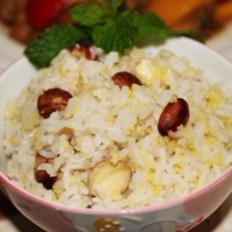 莲子小米饭(安神助眠)