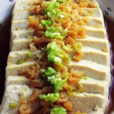 清蒸干贝豆腐