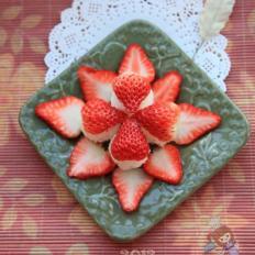 草莓水果饭团