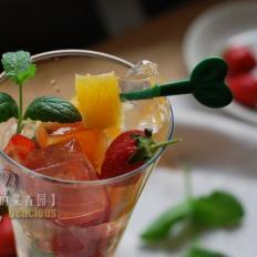 冰粉水果杯