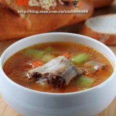 牛尾蔬菜汤