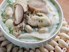 牡蛎菌菇豆腐汤