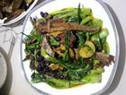 豆豉鱼炒油麦菜