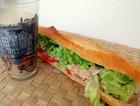 吞拿鱼法棍三明治