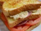 牛肉番茄爱心蛋三明治