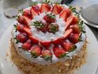 草莓戚风生日蛋糕