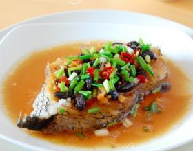 豆豉辣椒蒸鳕鱼