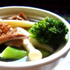 腰花西兰花菌菇汤