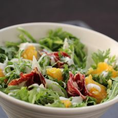 火腿茼蒿水果酸奶沙拉