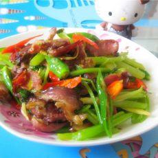 干牛肉炒芹菜