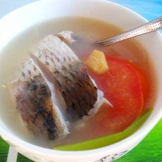 鲫鱼西红柿汤