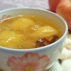 苹果红枣雪耳糖水