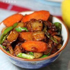 胡萝卜炒回锅肉