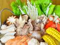 营养与鲜美并存筒骨海鲜火锅