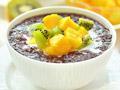 椰香黑米水果粥