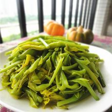 鲜炒黄花菜