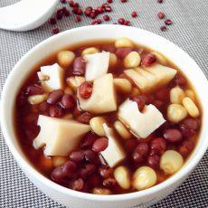 玉米莲藕红豆汤