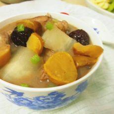板栗炖鸡汤