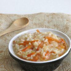 胡萝卜白菜肉末养生粥