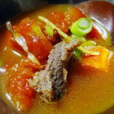 西红柿牛肉汤