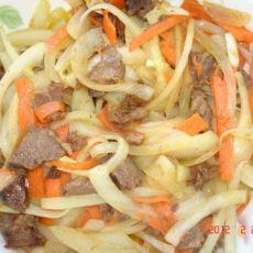牛肉炒洋葱