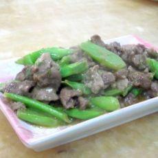 芥蓝骨炒牛肉